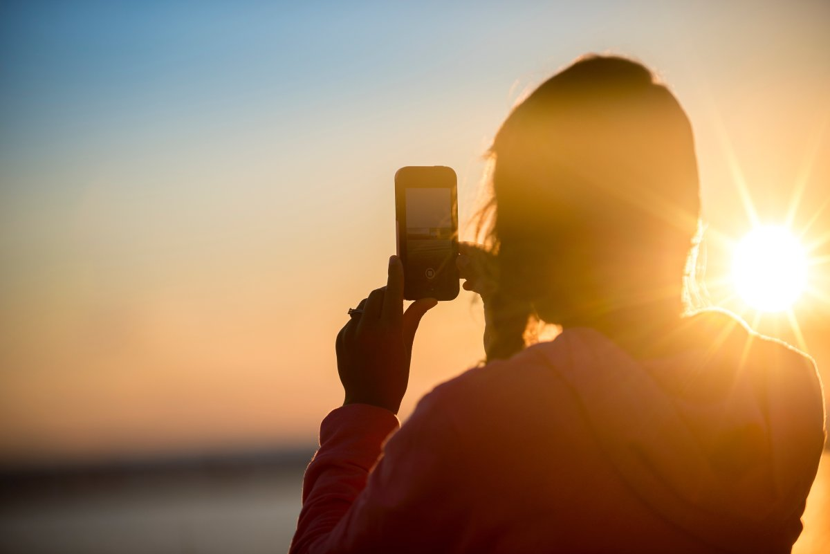 Is the Best Smartphone Camera Better Than a DSLR?