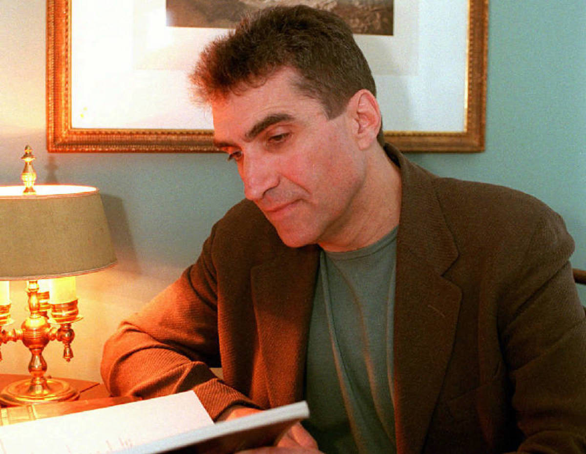 Analysis of Robert Pinsky's