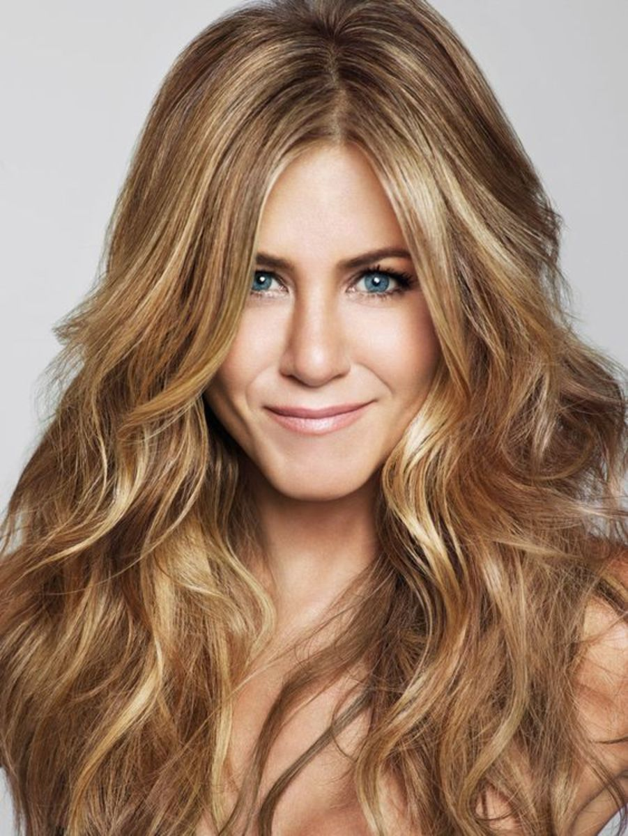 Jennifer Aniston Fashion Icon and Stylish Red Carpet Actress