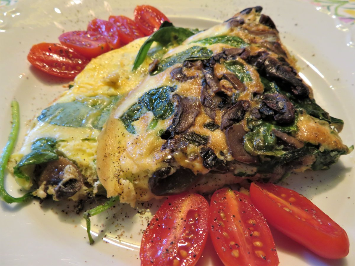 Frittata Recipe With Mushrooms, Baby Spinach, and Cheese