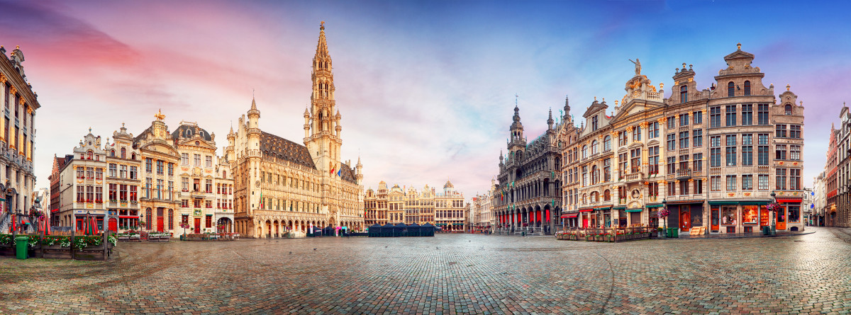 Brussels—Panorama of The Grand Place at sunrise.© TTstudio Shutterstock