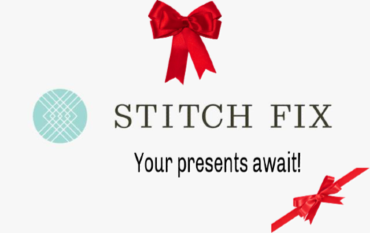 Stitch Fix all decorated for the holidays. What gifts could you get yourself?