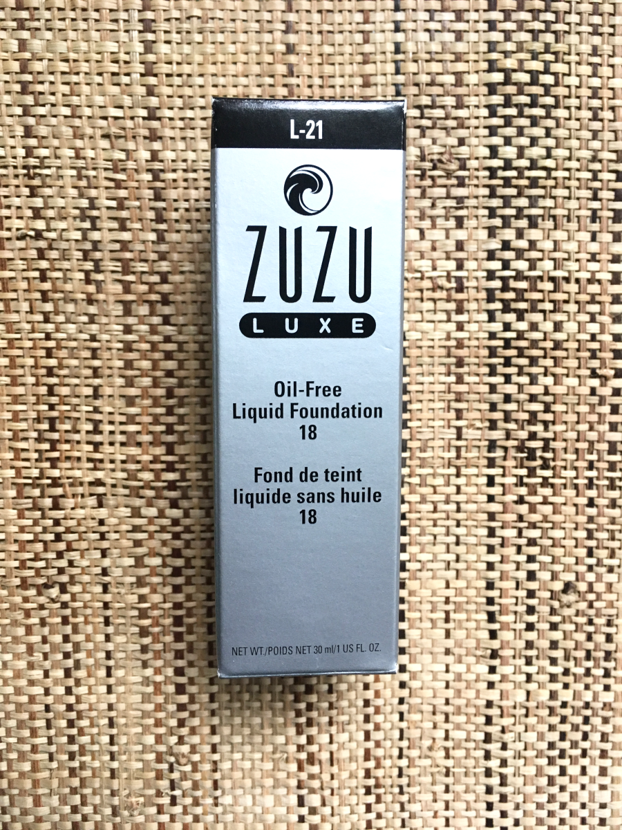 Review of Zuze Luxe Oil-Free Foundation for Acne Prone Skin