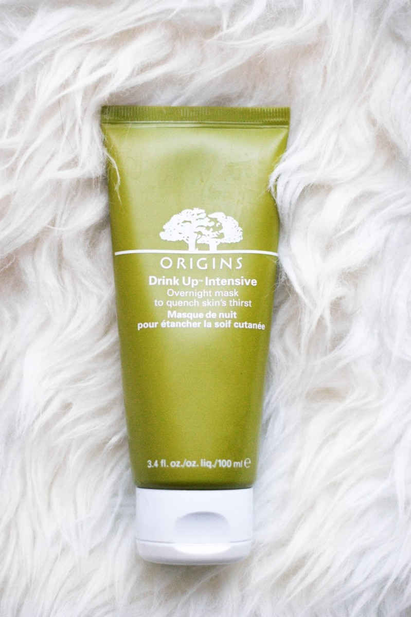 This review will break down my experience using the Origins Drink Up Intensive Overnight Mask.