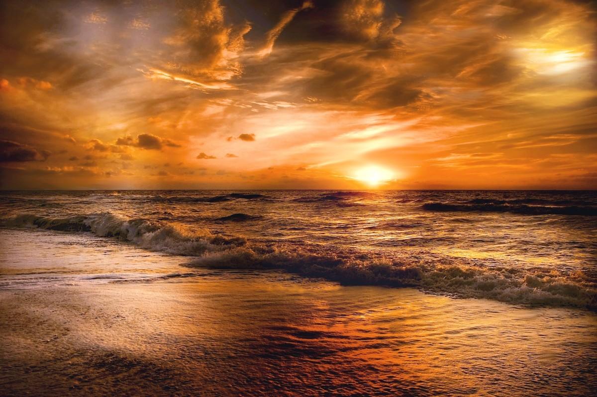 Poem: The Ending of Night (Dusk)