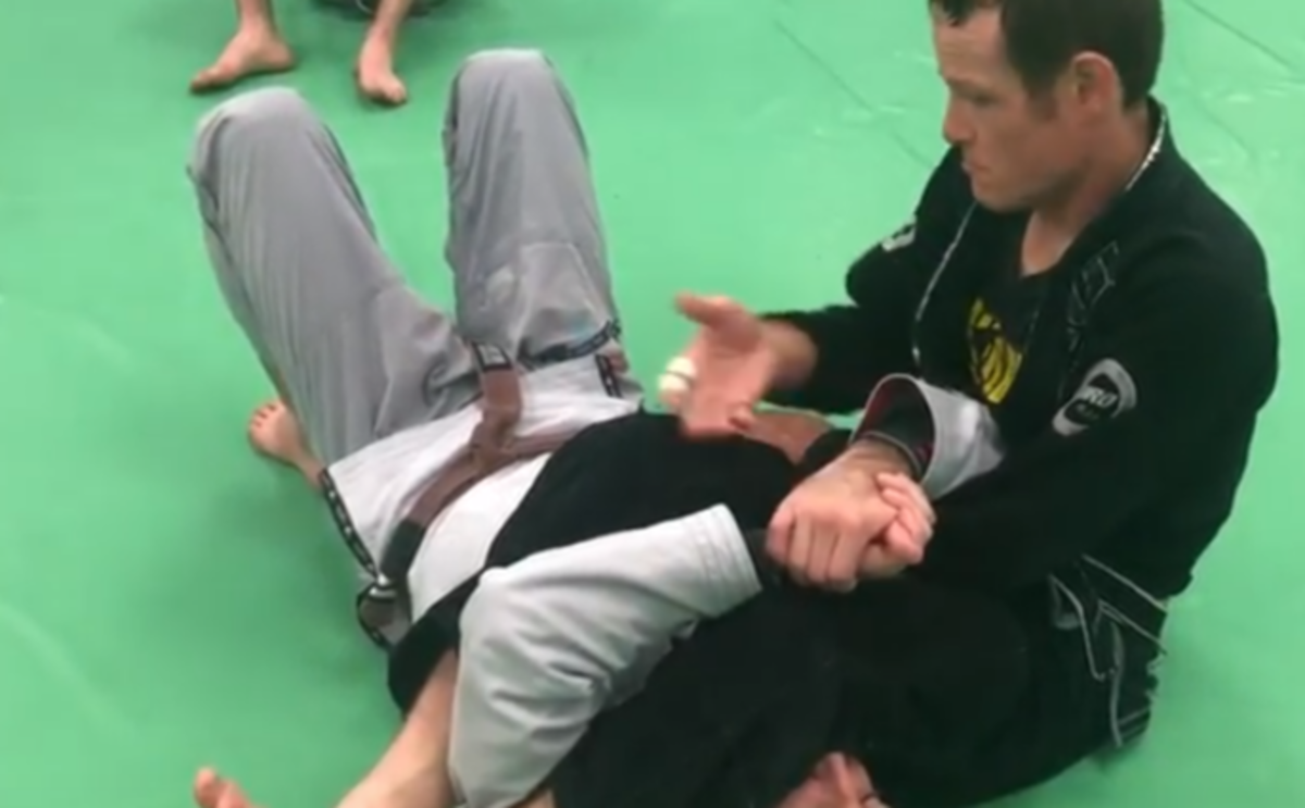 How to Maintain the Armbar Finish Position (Top)