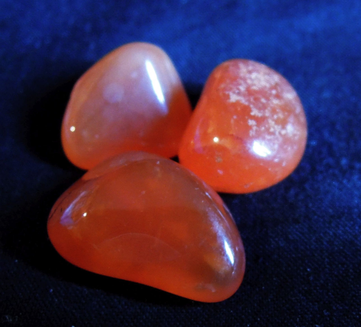 Carnelian can be used to help find a stable base in life.