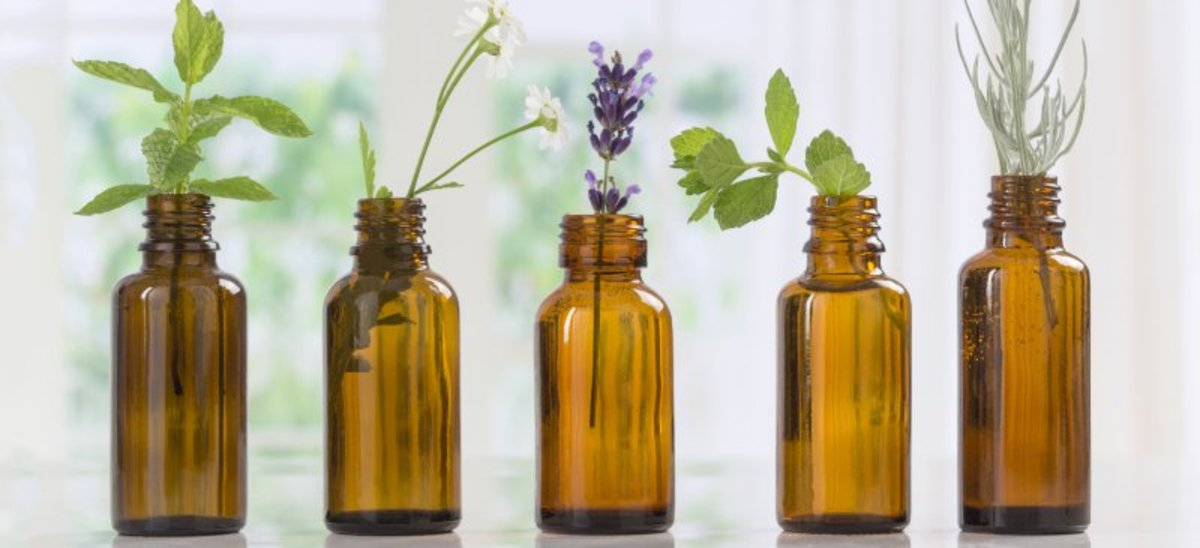 Using Tea Tree Essential Oil for Health and Cleaning Benefits