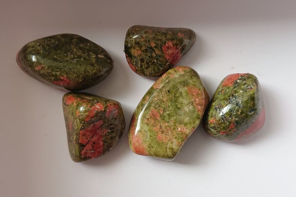 Unakite is associated with the heart chakra.