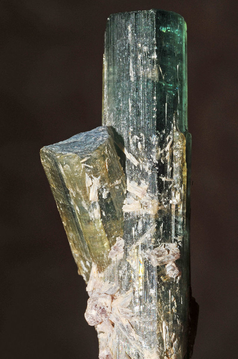 Green tourmaline can help remove fear and uncertainly.