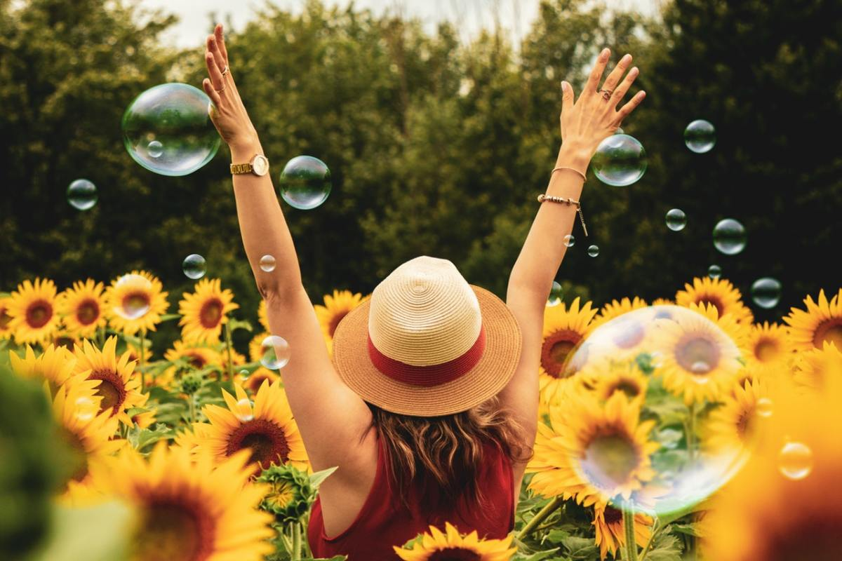 4 Proactive Steps You Can Take to Invite More Happiness Into Your Life