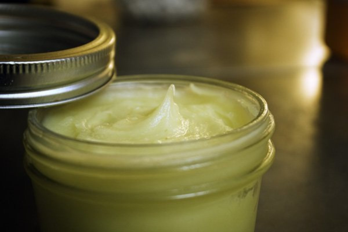 How to Make All-Natural Antibacterial Salve