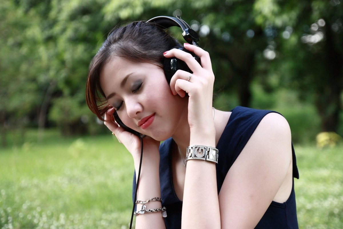 Binaural beats play a different sound in each ear to achieve altered states. Usually, they are relaxing.