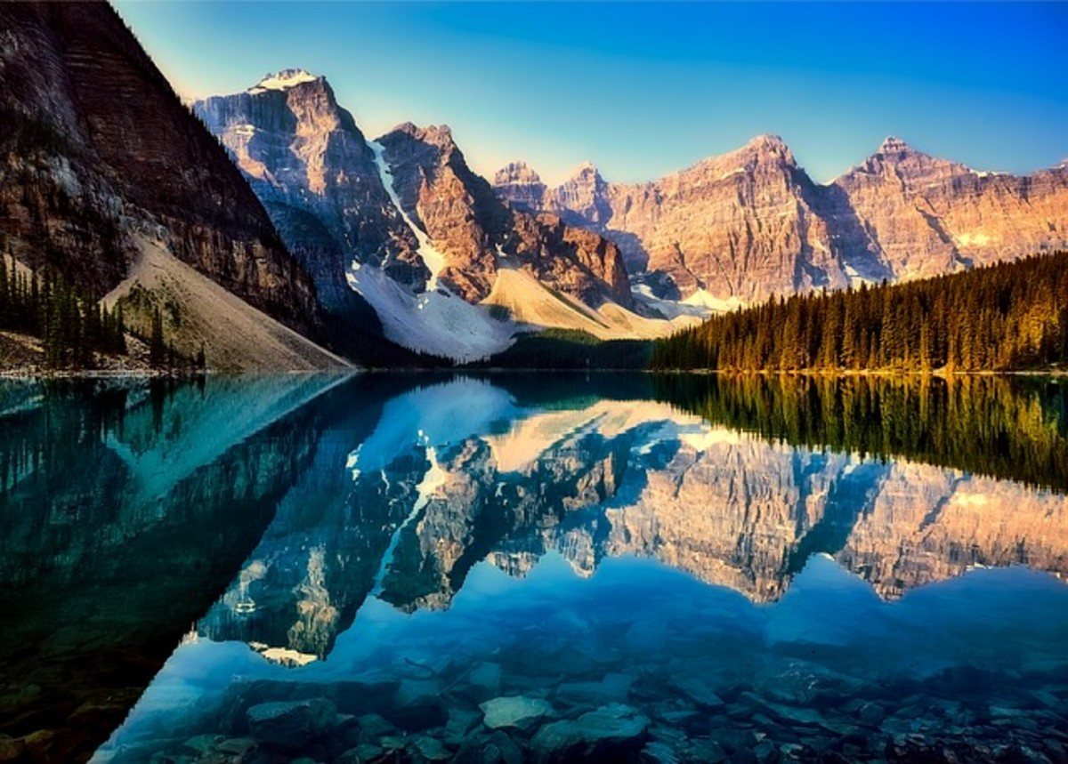 Moraine Lake, Canada Image by: 12019