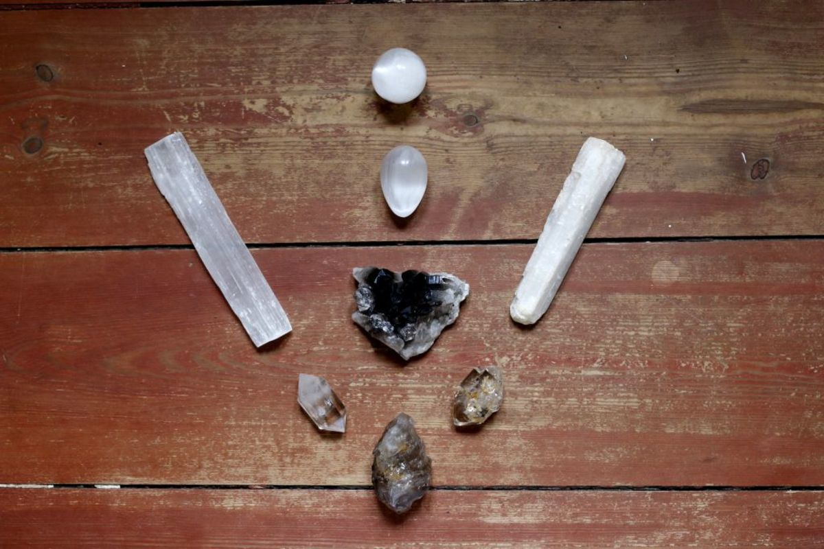 Crystal grids do not have to be elaborate to be effective.