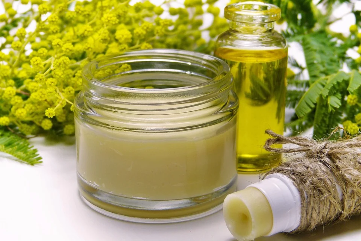 Please always use caution when attempting home remedies for the first time. While most people do not have reactions to oils, always do a small skin test with a dilute oil prior to using a remedy.