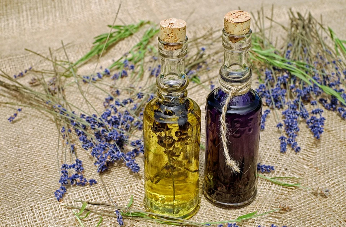 Don't be afraid to blend several essential oils to create your own special recipes for muscle pain relief.