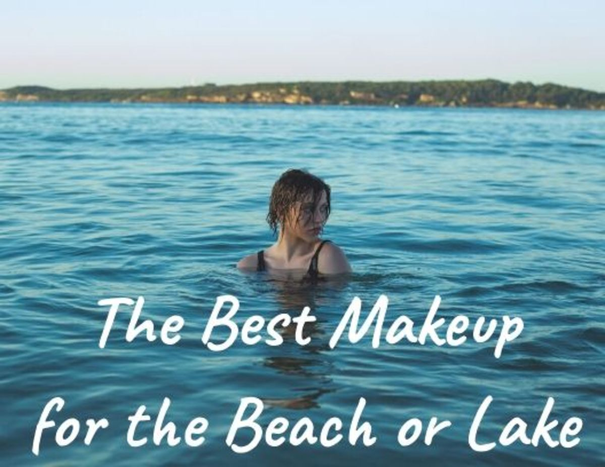 The Best Makeup for the Beach or Lake