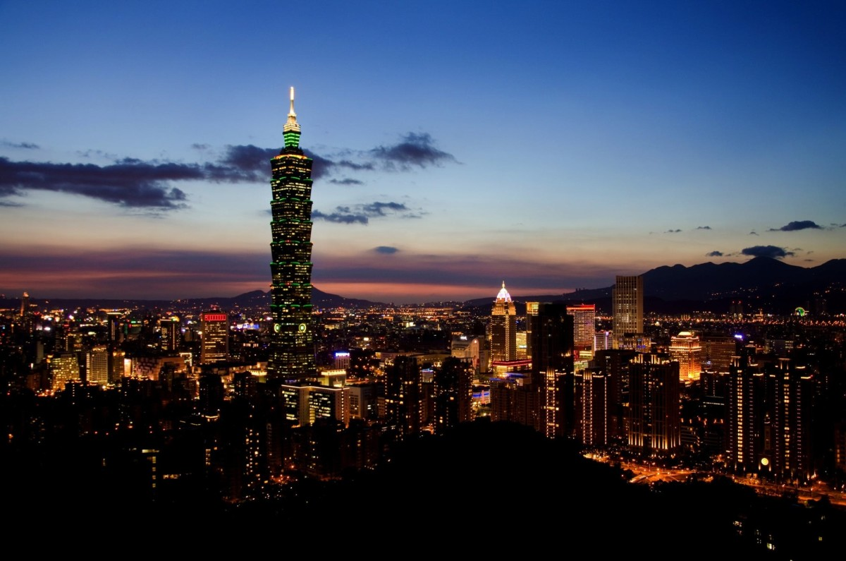 Take a City Tour During Your Layover at Taipei Airport!
