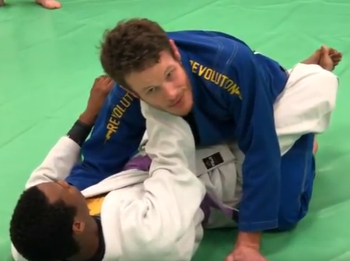 How to Defend Against the X-Choke From Closed Guard in BJJ