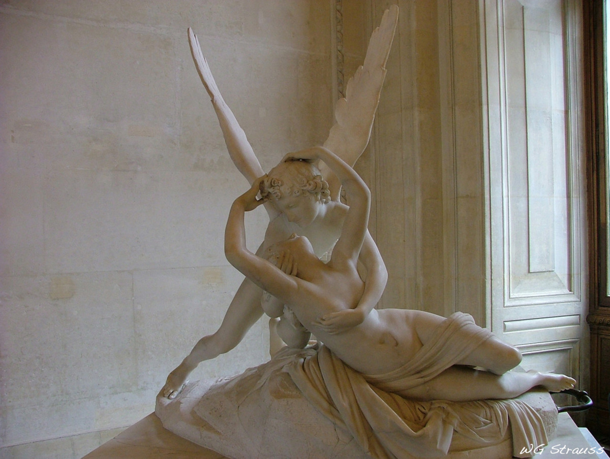 A statue of Eros and Psyche