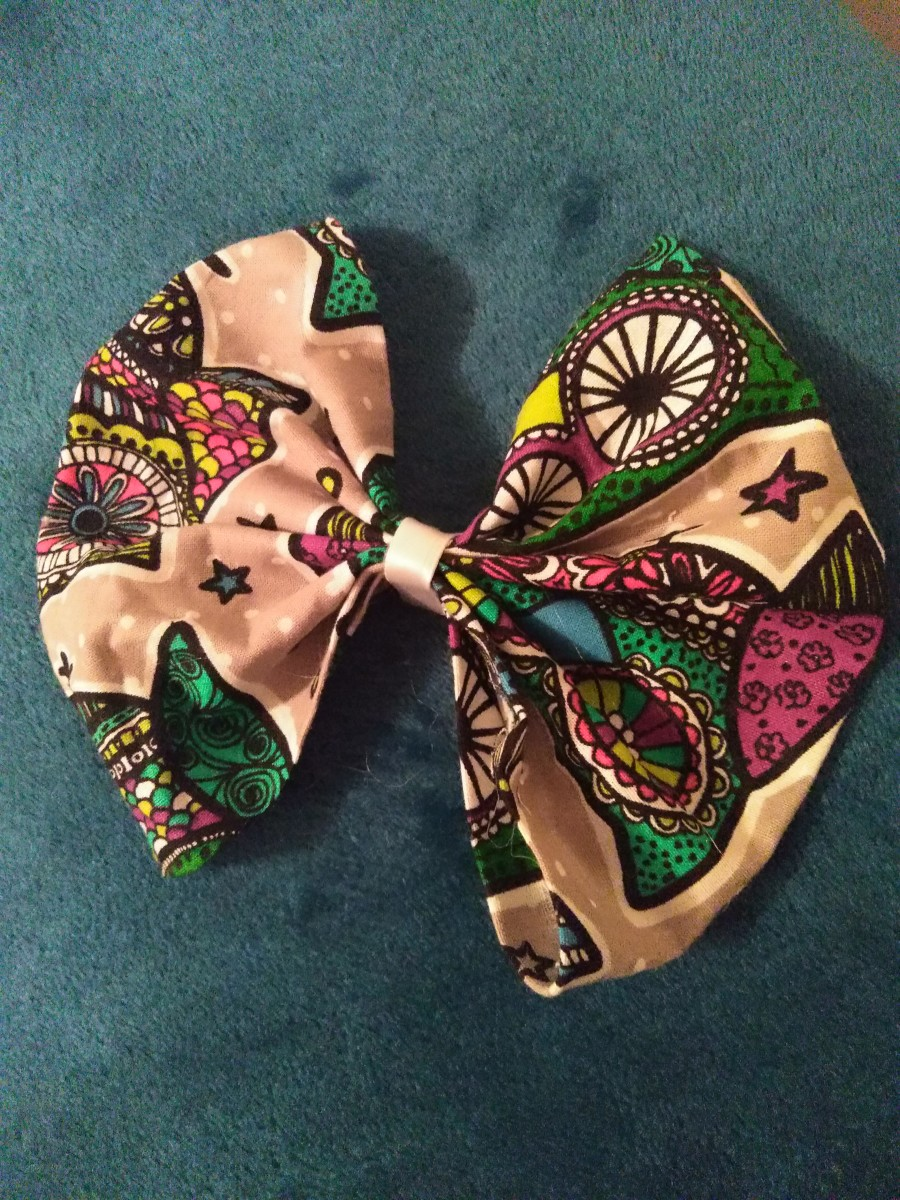 DIY No-Sew Fabric Hair Bow