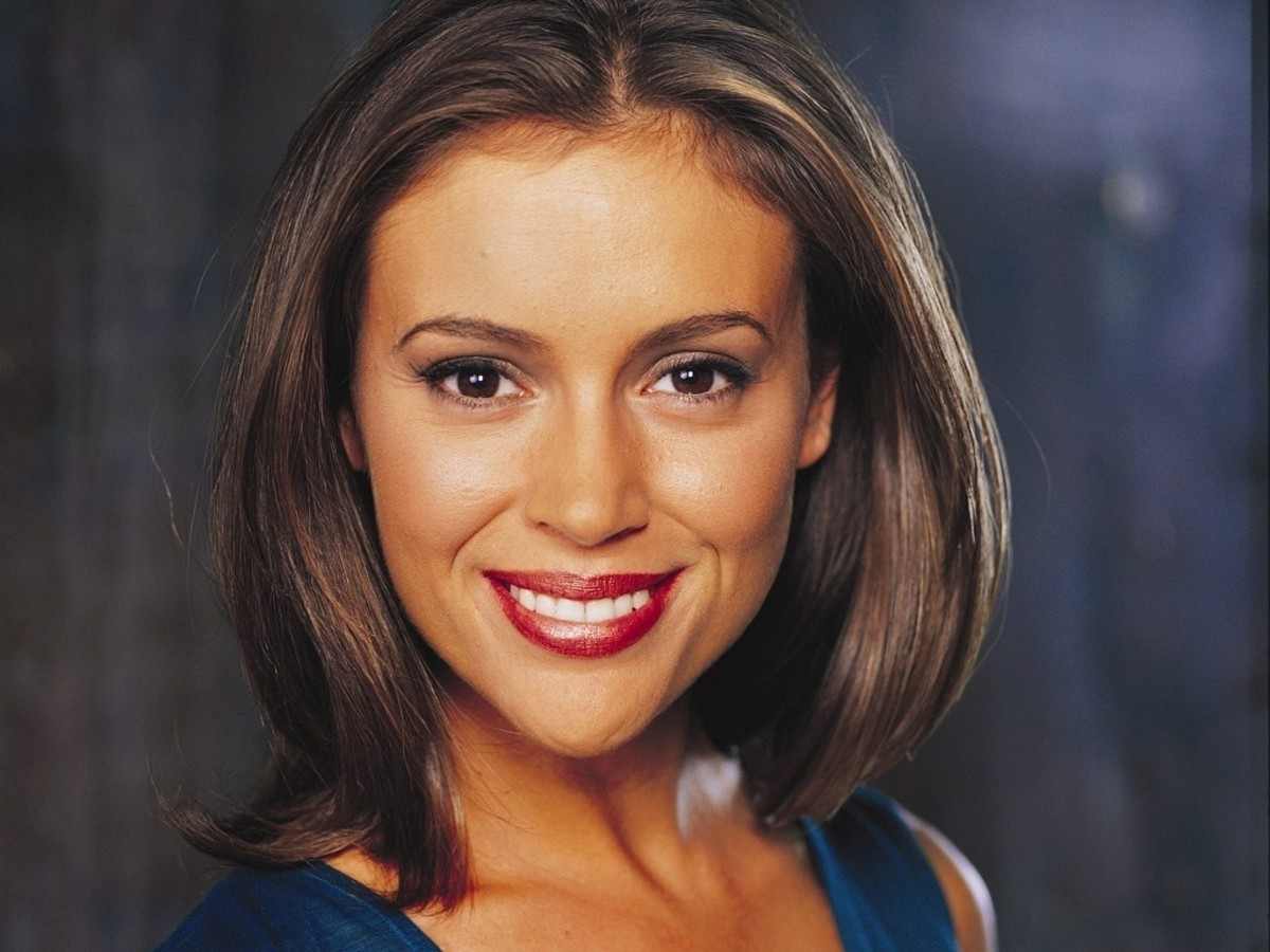 Alyssa Milano as Charmed One Phoebe Halliwell.