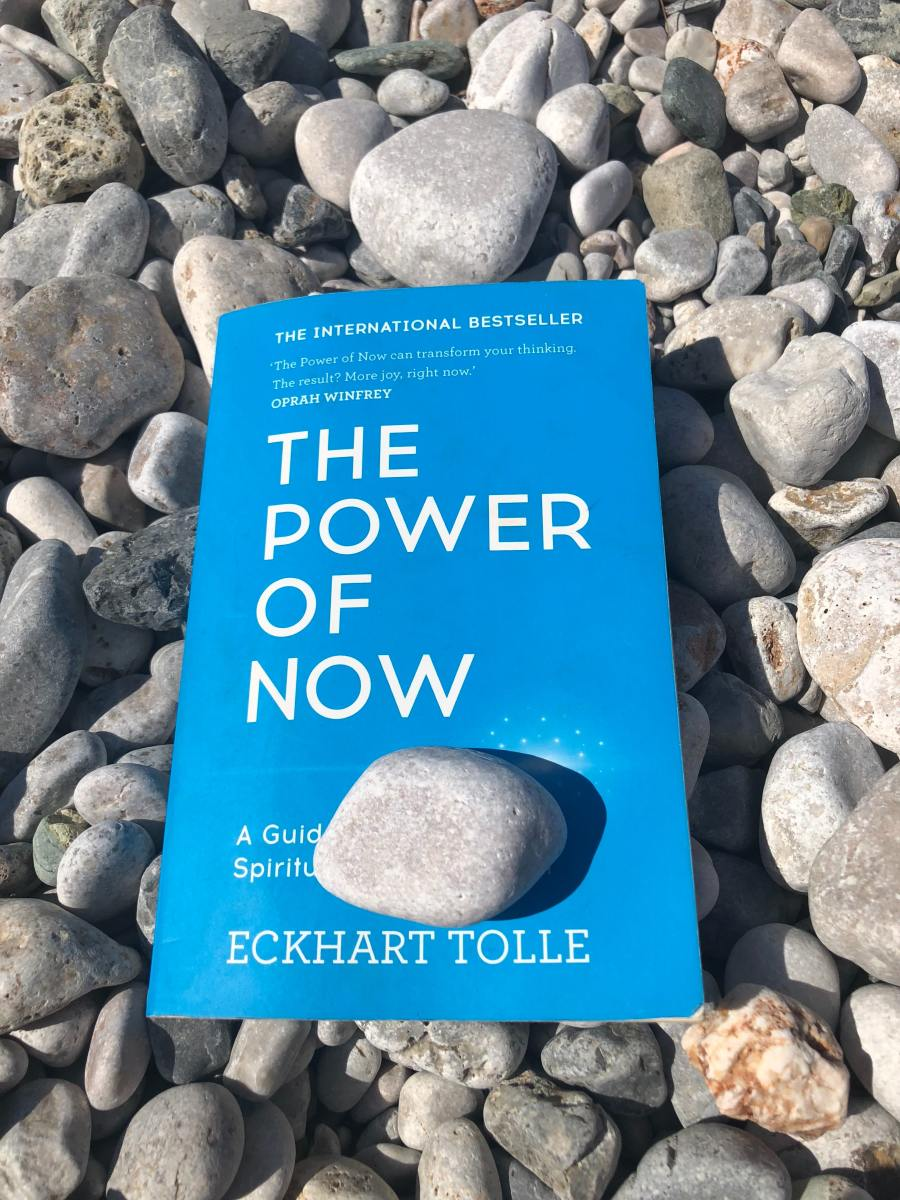 A Forthwith Review of Eckhart Tolle's 'The Power of Now: A Guide to Spiritual Enlightenment'
