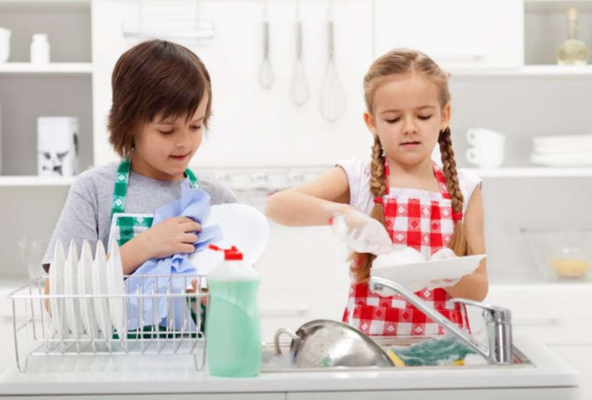 9 Ways to Teach Your Kids Responsibility