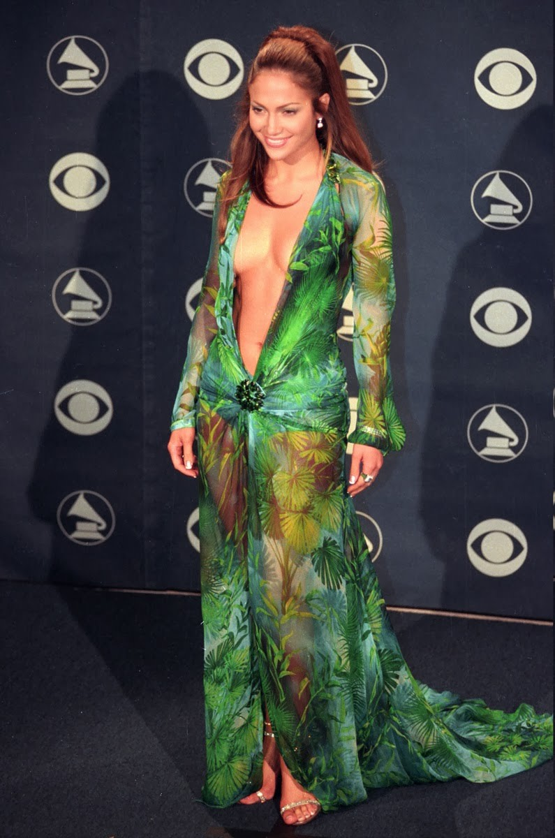 13 Best Grammy Gowns of All Time