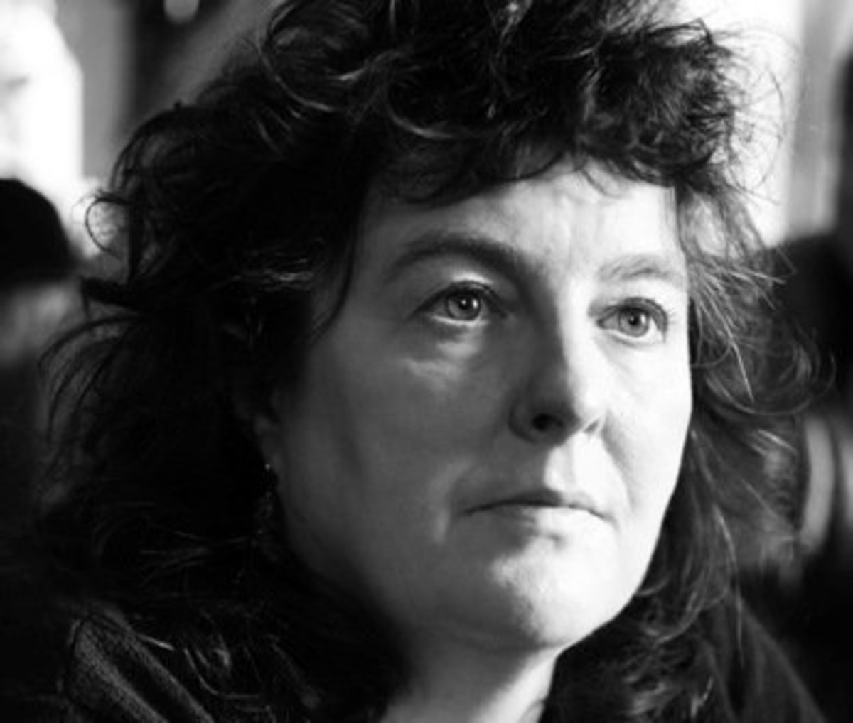 Analysis of Poem Valentine by Carol Ann Duffy