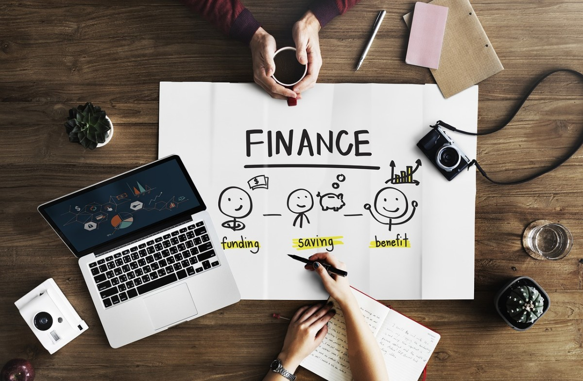 Take Charge of Your Economic Life and Live Your Dreams: Manage Your Personal Finances Like a Boss