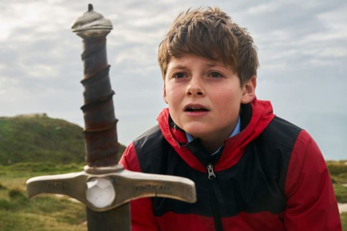 the-kid-who-would-be-king-movie-review