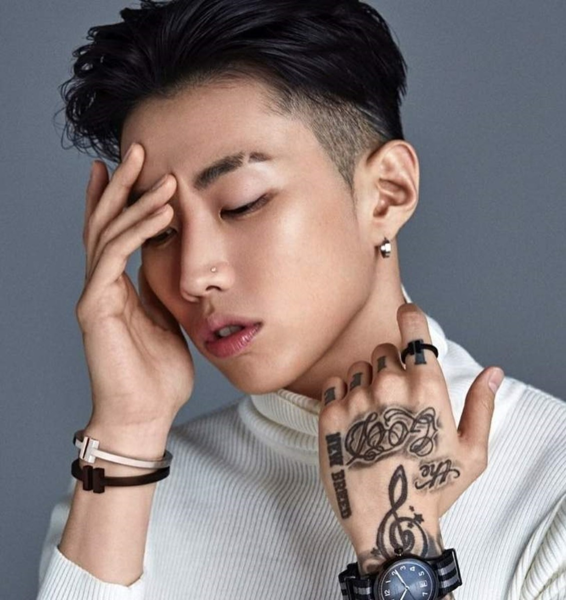 Top 10 K-Pop Male Solo Artists (2019)