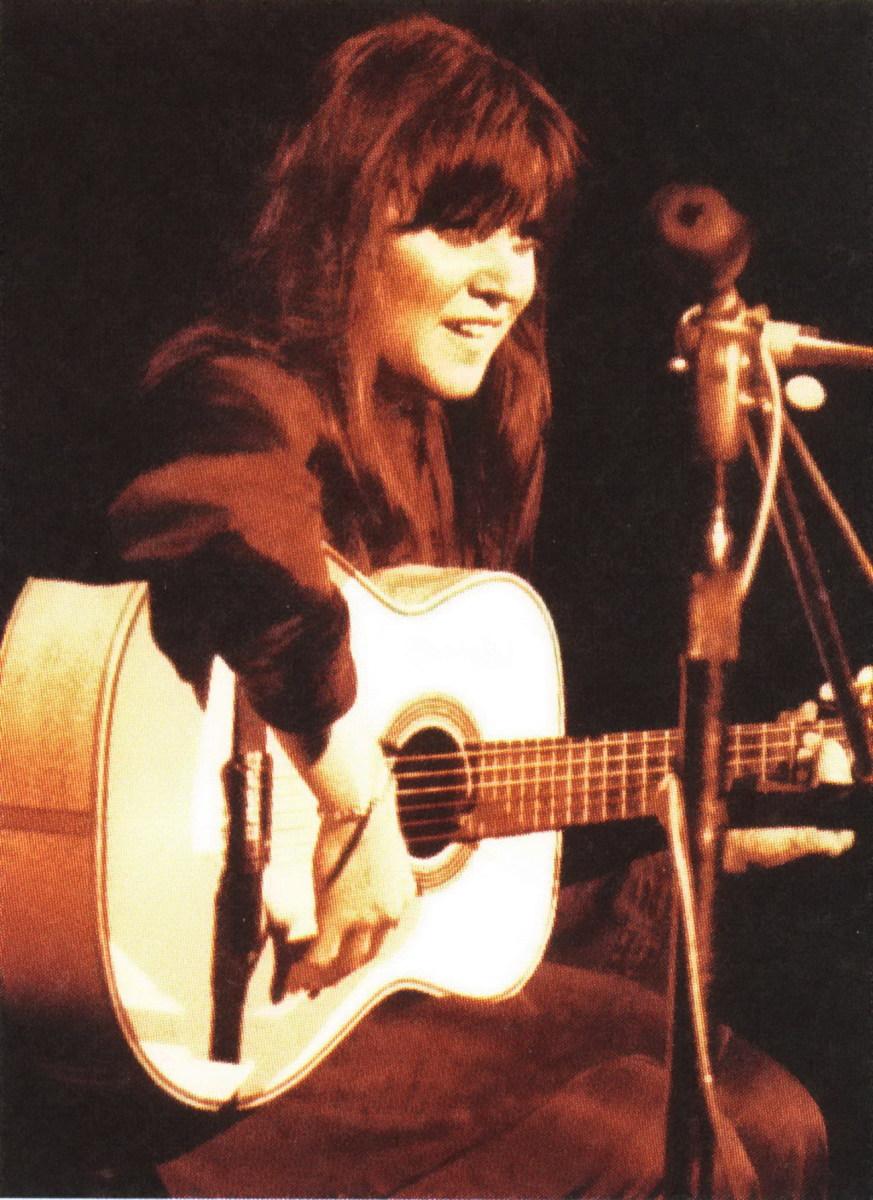 Melanie onstage at Woodstock
