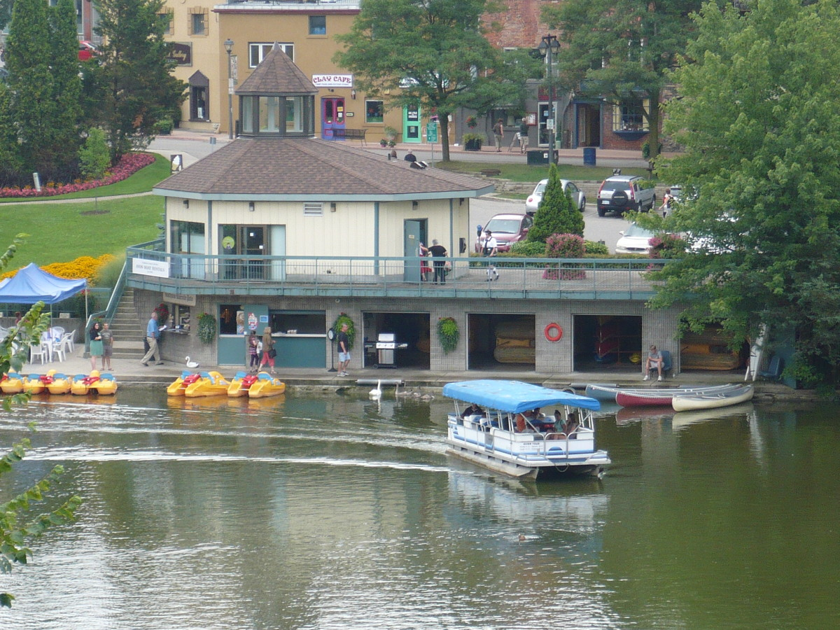 Summer fun at the Stratford Boathouse :)