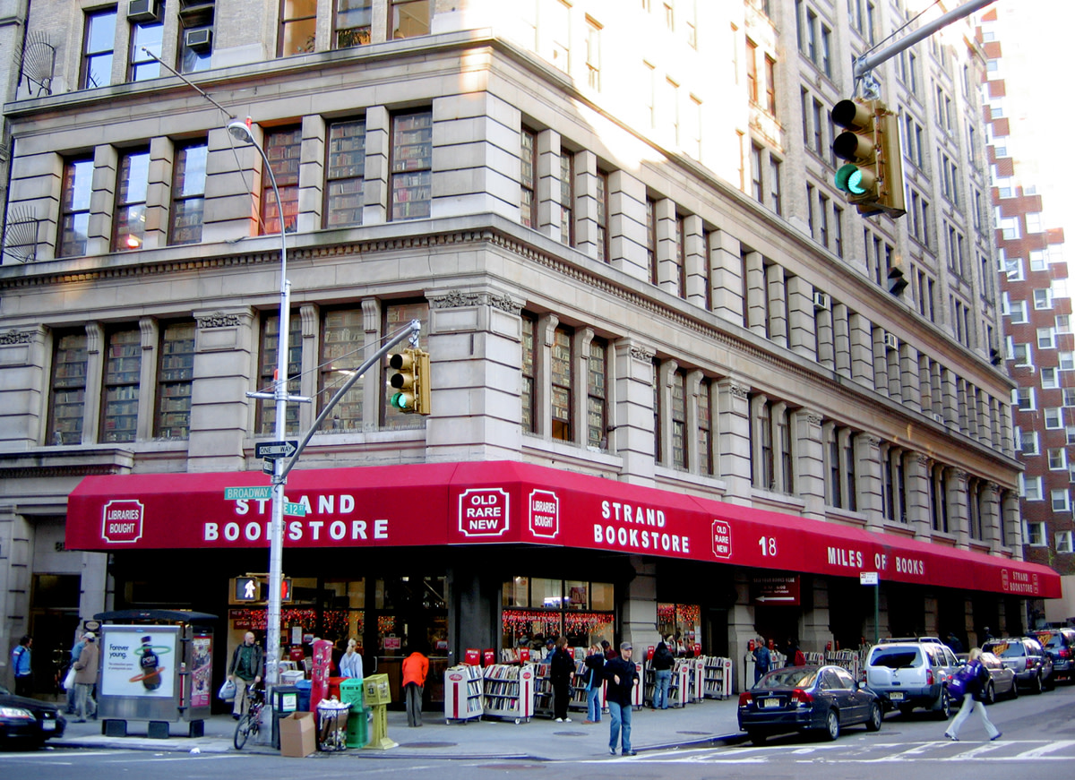 10 New York Bookstores Everyone Should Visit Before They Disappear