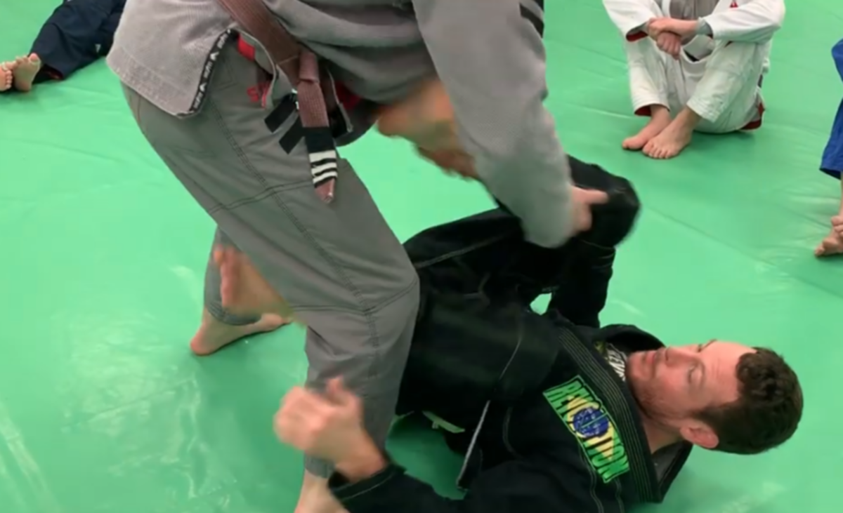 How to Defend a Leg Drag Guard Pass