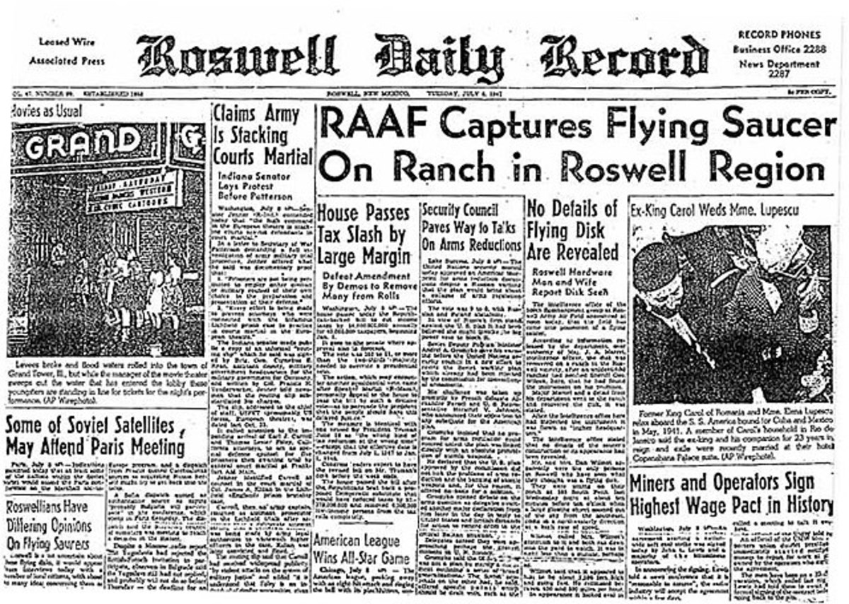 Issue that broke the story about  flying saucers. July 9, 1947.
