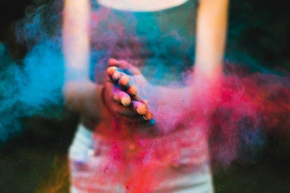 Holi: Different But Contemporary
