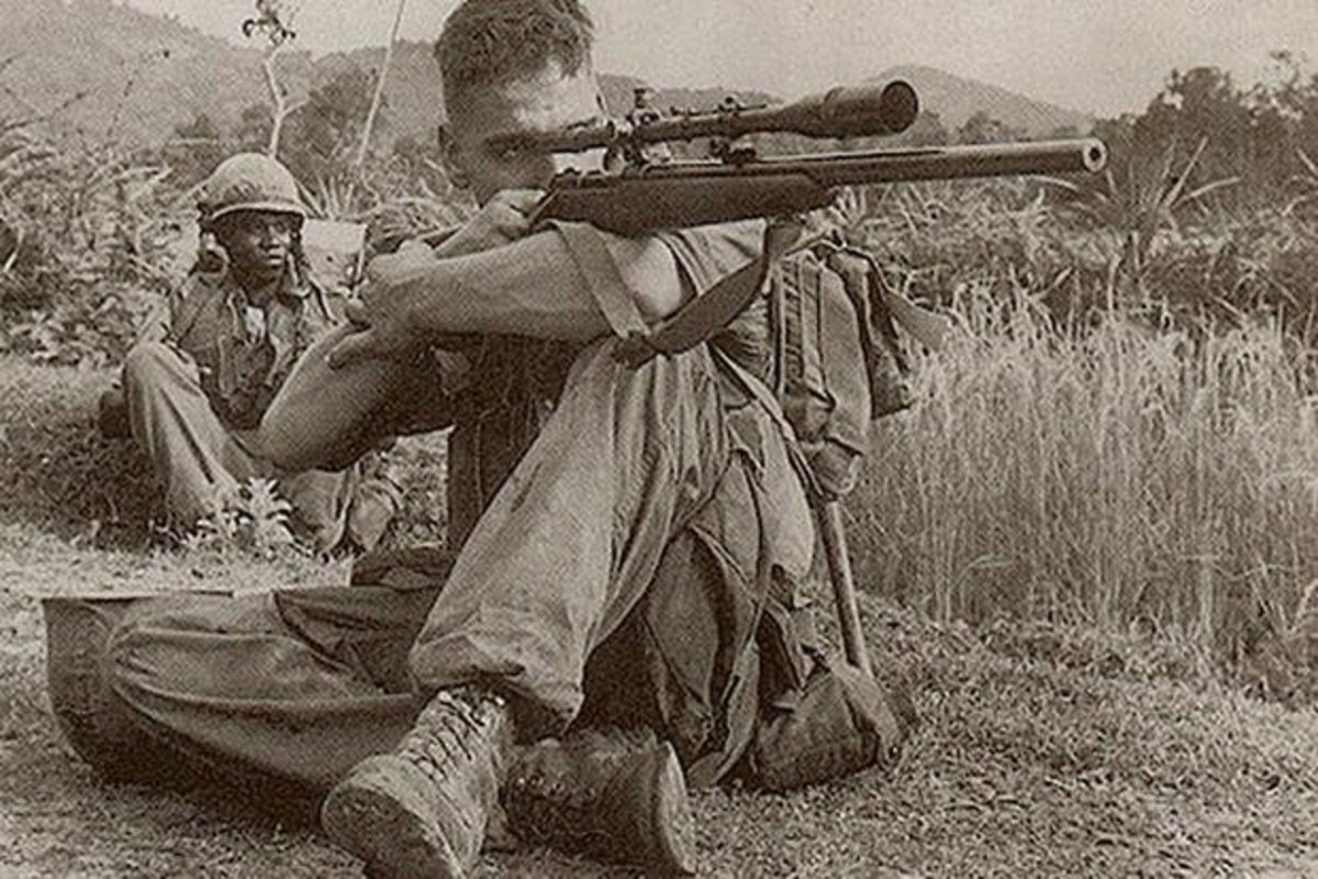 The legendary Carlos Hathcock in shooting position.