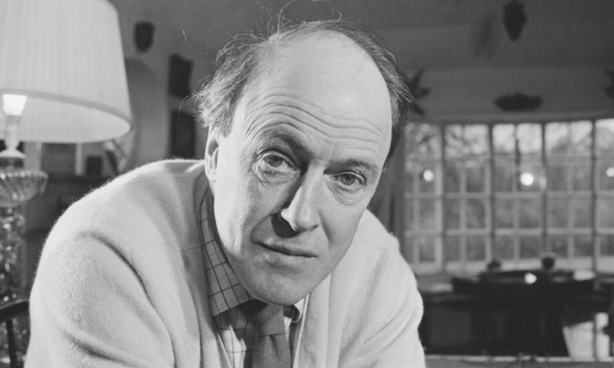 Biography of Roald Dahl-Author, Short Story Writer and Poet