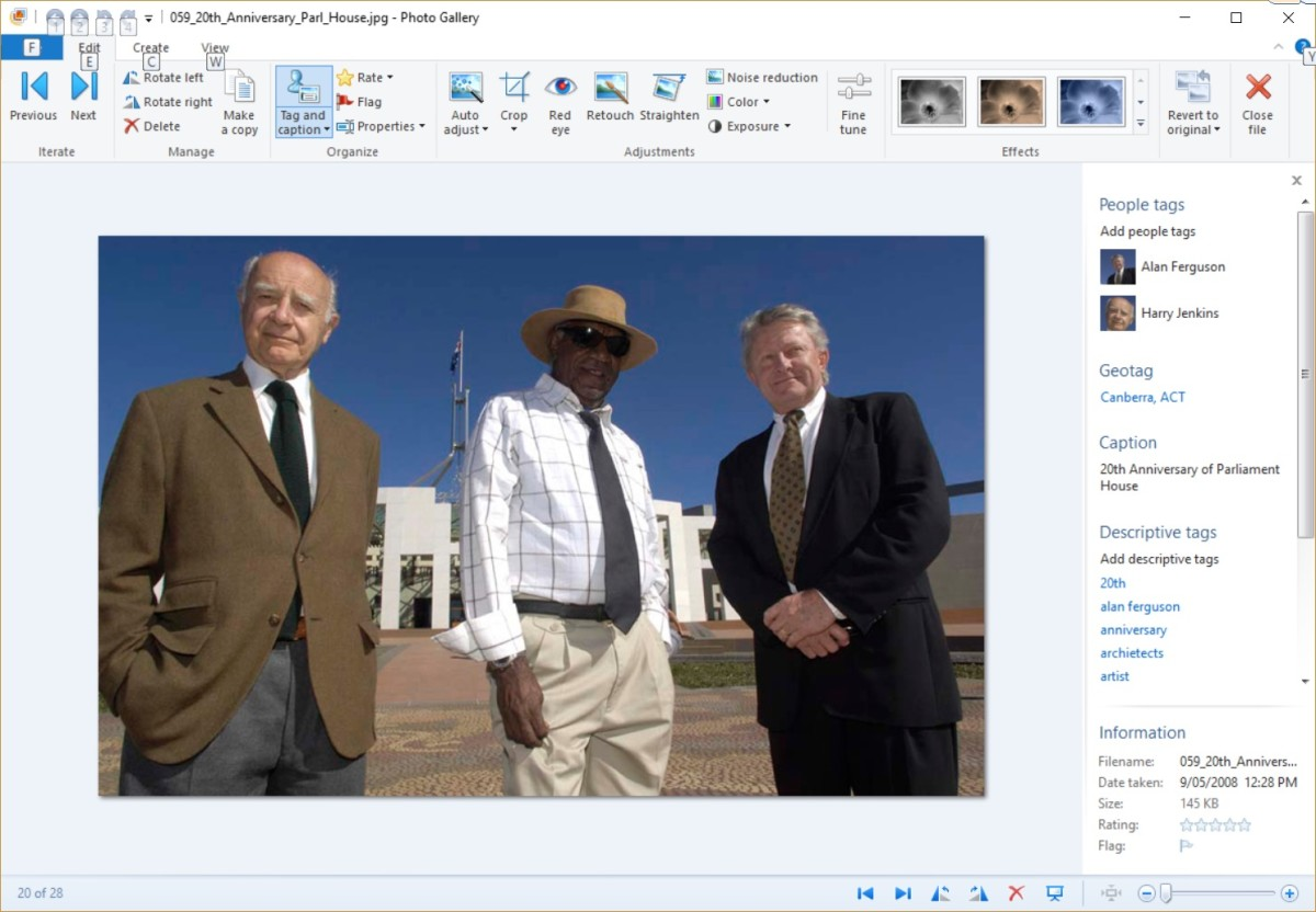 Image and Metadata Shown in Windows Photo Gallery
