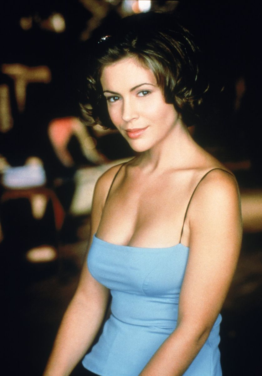 """Alyssa Milano Sexy Pics the hair(volution) of phoebe halliwell from """"charmed"""