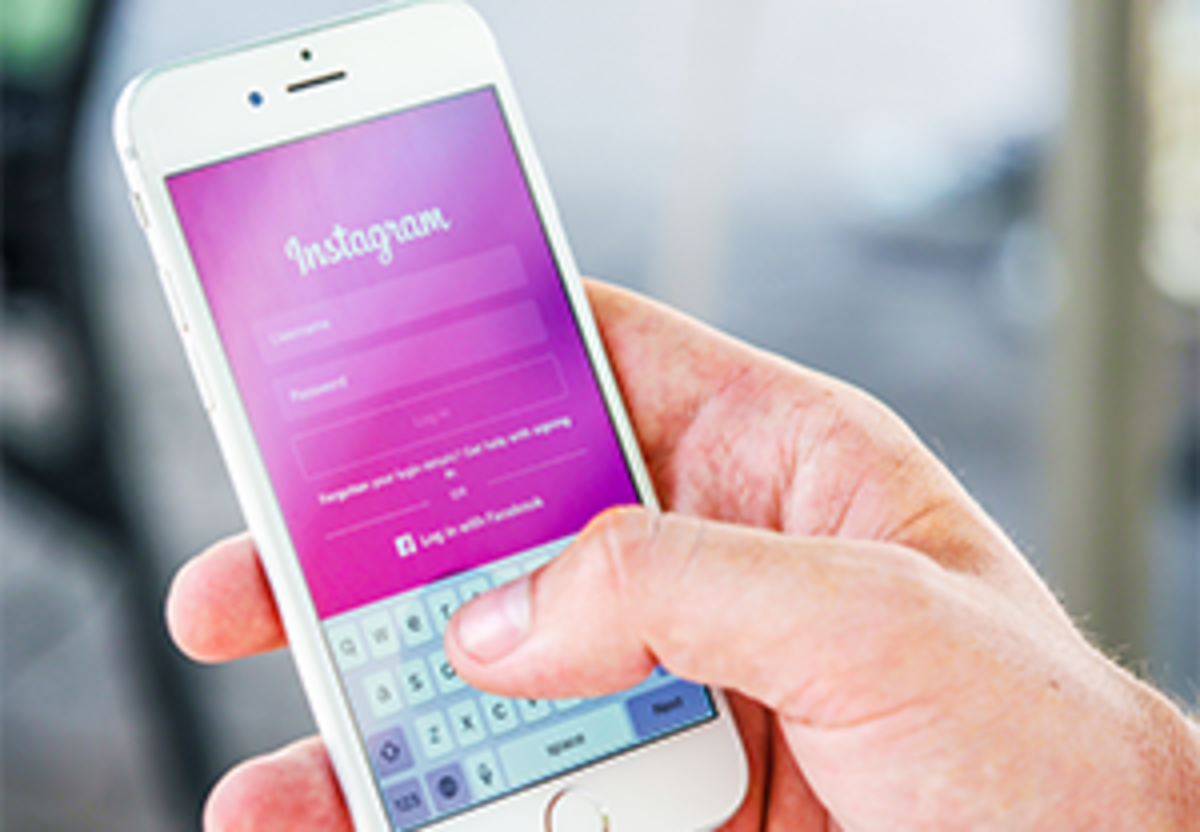 13 Instagram Tips to Grow Your Blog This Year