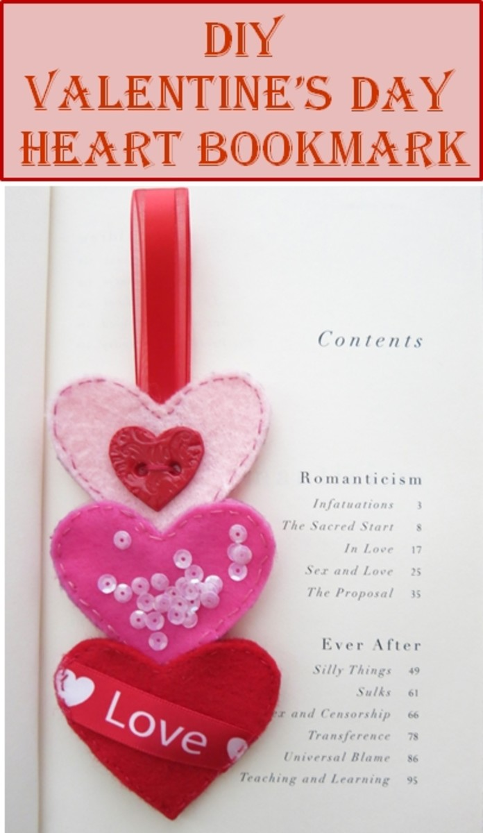 DIY Valentine's Day Heart Bookmark