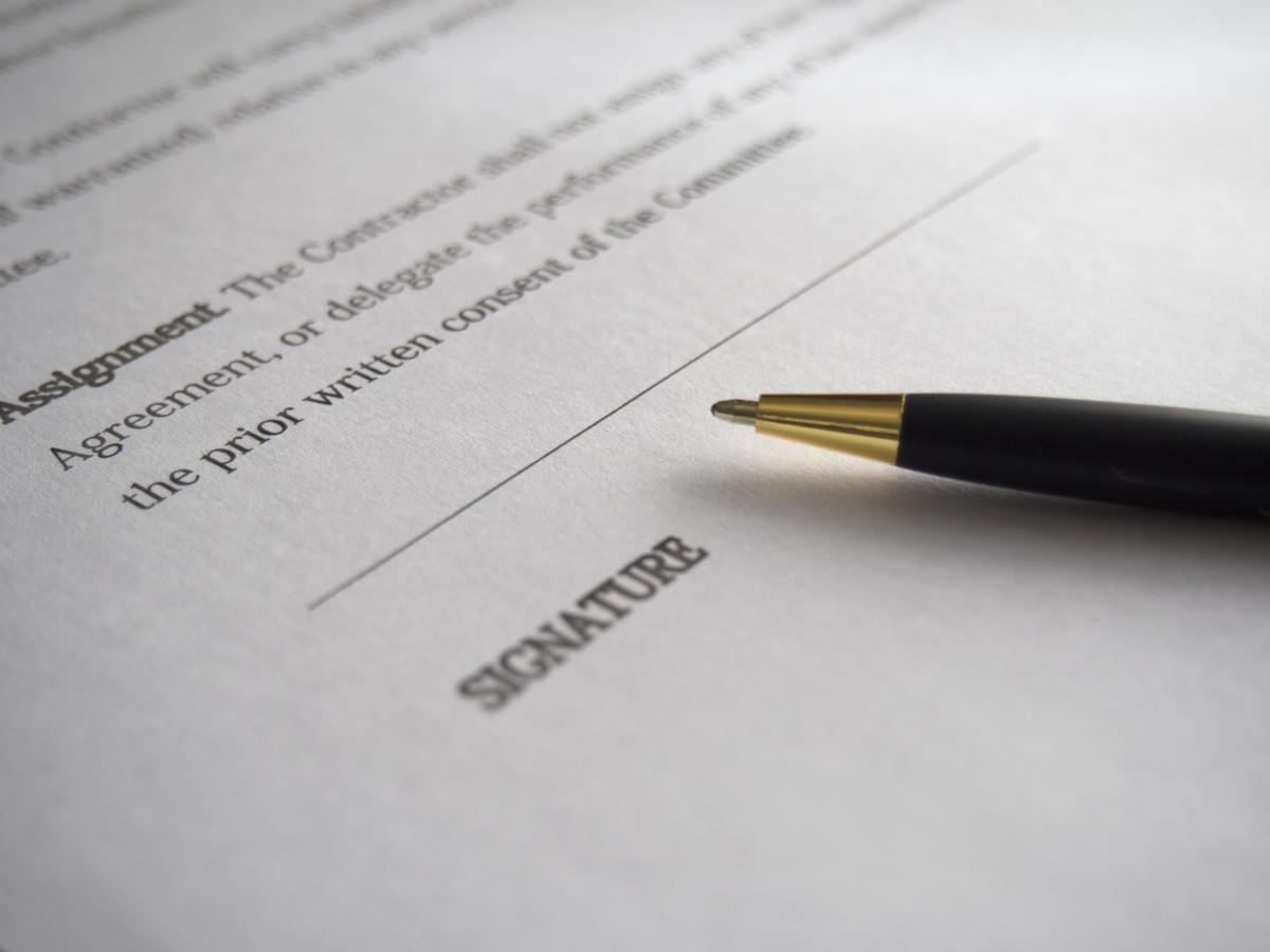 Five Questions to Consider Before Signing an Employment Contract