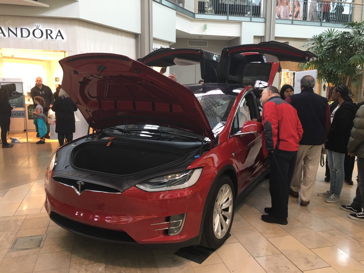 My  first sighting of a Tesla Model X