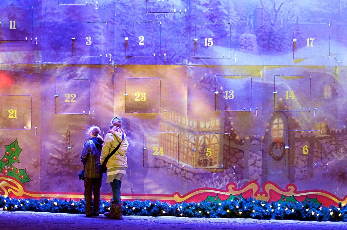 A massive Advent calendar outside a church in Berlin