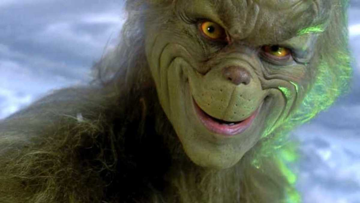 "Ron Howard's ""How the Grinch Stole Christmas"" Is the Best ""Grinch"" Film"